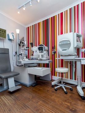 Zacks Eye Clinic examination room